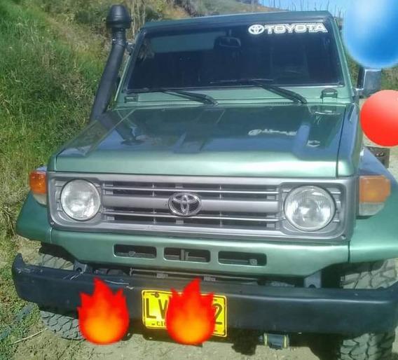 Toyota Carevaca Toyota 4.5