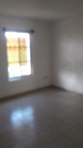 Bonita Y Funcional Casa En Venta En Paseo Los Nogales El Mirador