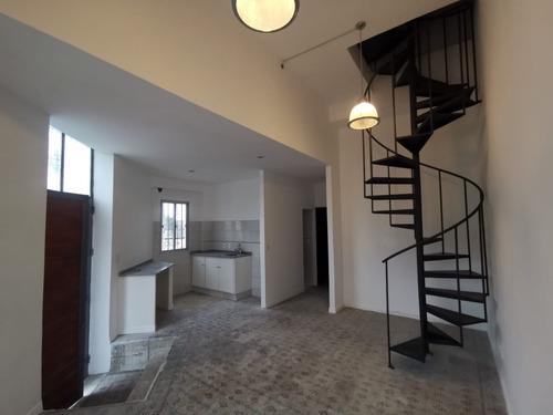 Cerro Apartamento 2 Dormitorios Tipo Casa A Nuevo. Prox Utu