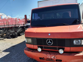 Mercedes-benz Mb 710/00 Vermelha Baú