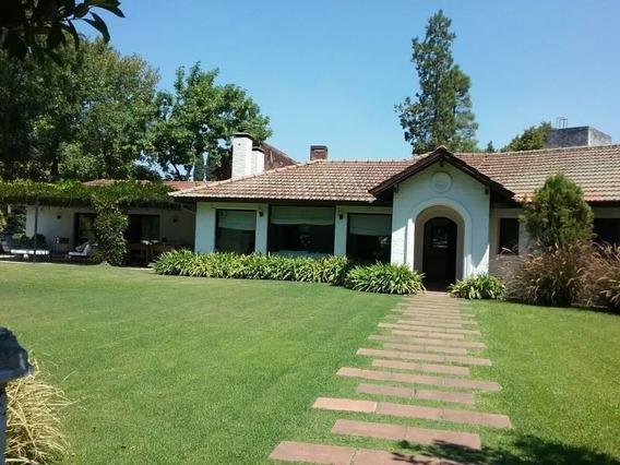 Impecable Casa En Alquiler Para Febrero En Tortugas Country Club - Mallmann Propiedades
