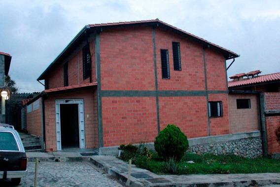 Townhouse En El Arenal Villa Santa