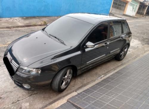 Imagem 1 de 11 de Fiat Stilo 2010 1.8 8v Blackmotion Flex Dualogic 5p