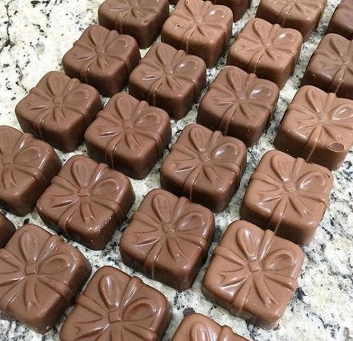 Forma De  Acetato + Silicone Pao De Mel Laco Para Chocolate