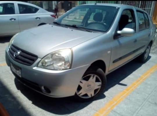 Nissan Platina 1.6 K Plus At 2004