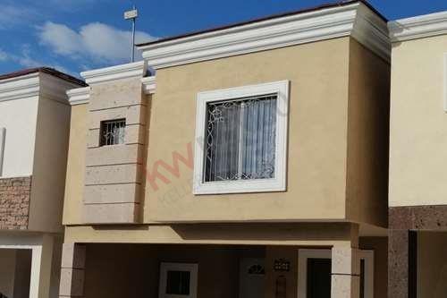 Renta Casa En Ramos Arizpe, Residencial Lomas Del Valle I
