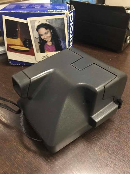 Máquina Polaroid 636 Clouseup Com Caixa