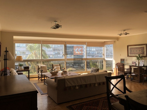 Bajo U$s 18.000! Excelente Apartamento En Pocitos 3 Dormitorios A La Venta- Ref: 6832