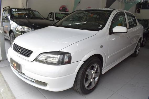 Astra Sedan 1.8 Mpfi Gl Sedan 8v Álcool 4p Manual