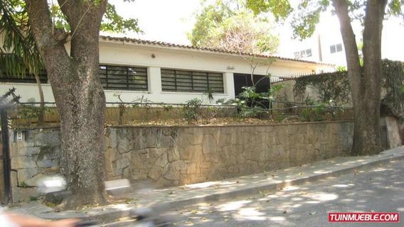 Casa En Venta Munic. Chacao, Urb. Altamira Cod. 19-14494