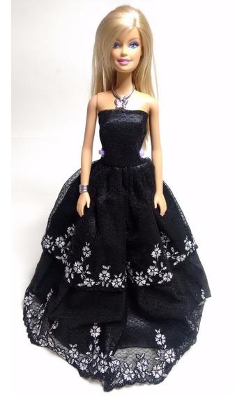 Roupas Para Boneca Barbie ( Vestido Preto E Acessórios )