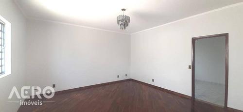Residência Próx. À Av. Cruzeiro Do Sul, Ótima Localização, Repleta Em Armário, Contendo 03 Dormitórios Sendo 01 Suíte - Ca2262