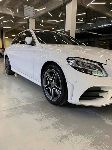 Imagen 1 de 8 de Mercedes-benz Clase C C300