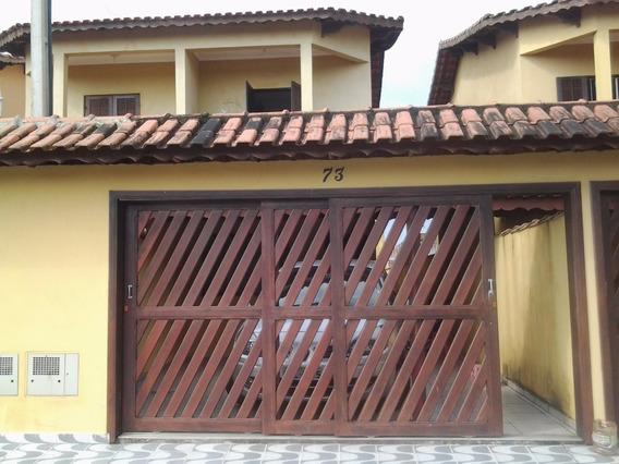 Casa Temporada 2 Suítes, 3 Banheiros, 2 Vagas De Garagem.