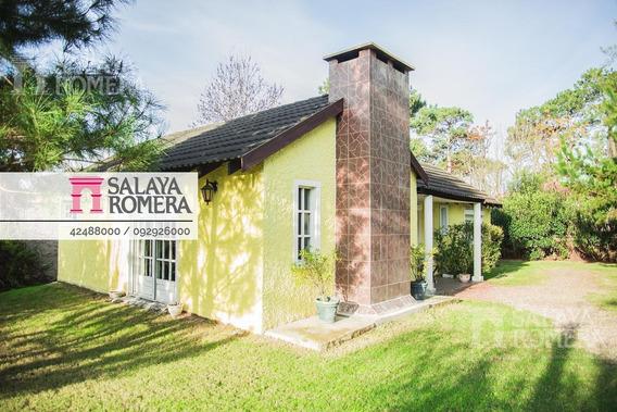 Venta - Casa - Av. Roosevelt, Zona Residencial, Colegios