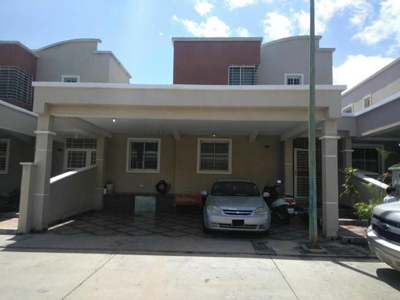Casa En Venta Barquisimeto Este, Flex: 20-4670