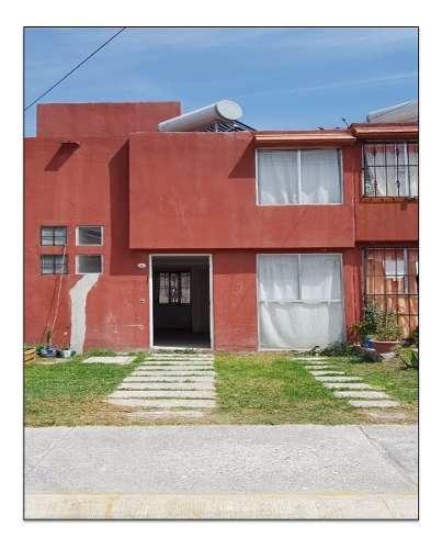 Casa Sola Sobre Avenida La Guadalupana