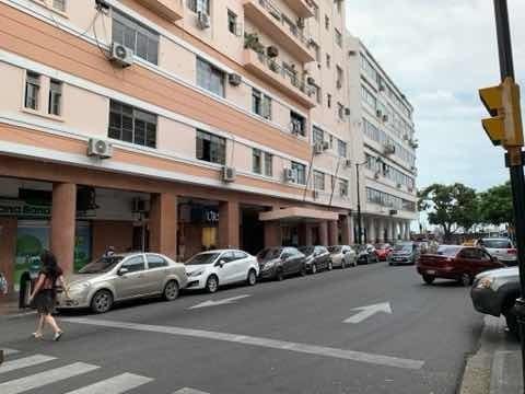 Vendo Oficina Renovada, Centro De Guayaquil, Malecón, 108m2