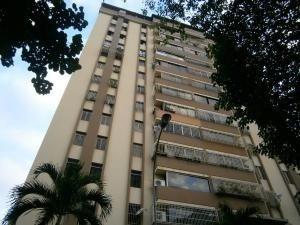 Apartamento En Venta En La Trigaleña Valencia 20-12998 Valgo