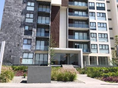 Renta De Penthouse Nuevo Condominio Latitud Victoria, Querétaro, 103m2, 2 Habitaciones Amueblado
