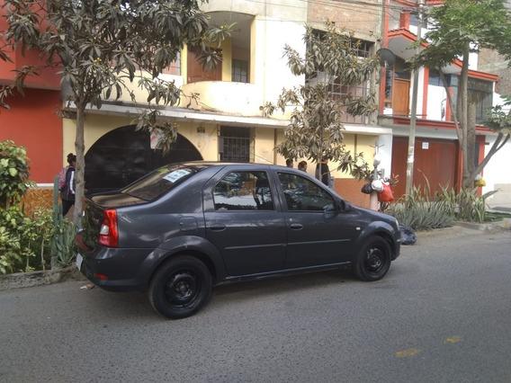 Renault Logan Auto Sedan