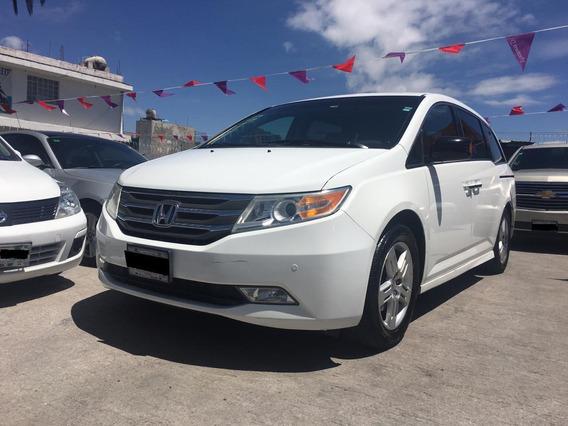 Honda Odissey Minivan 2011