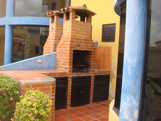 Casa En Venta Chichiriviche 20-2111 Rwh 04145450819