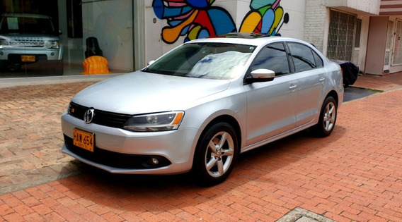 Volkswagen New Jetta Confortline At