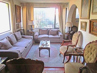 La Reina, Vicente Pérez Rosales / Echeñique, Casa Con Cinco Dormitorios, Tres Baños, Más Servicio. Se Vende.