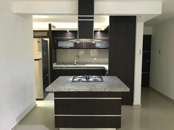 #apartamento. #alquiler. #semiequipado. +58 424-7642449.