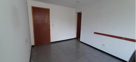 Oficinas En Alquiler En La Candelaria 04142262821 Mes