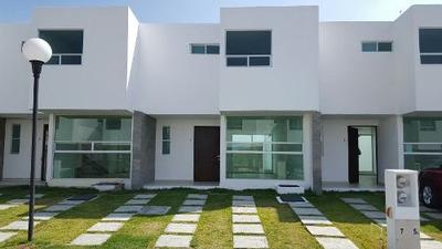 Amplia Casa En Renta En Cuautlancingo.fracc. Sierra Blanca.