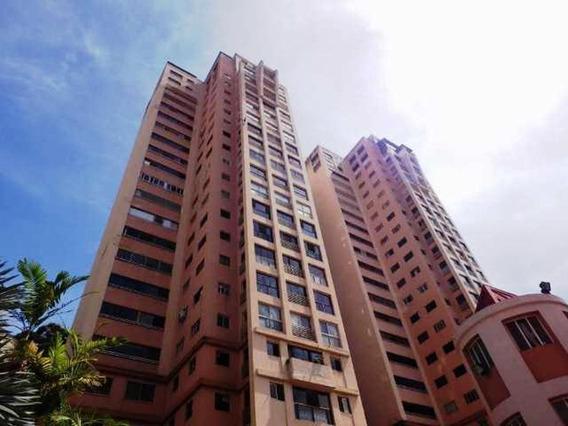 Apartamento En Colinas De Bello Monte #19-14695