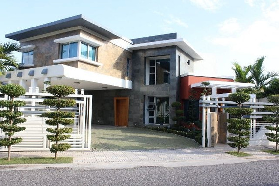 Renta Casa En Los Cacicazgos 3hab 3.5baños