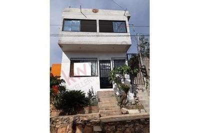 Casa En Venta En La Colonia Paulino Aguilar Paniagua, Con 4 Departamentos Con Acceso Independiente