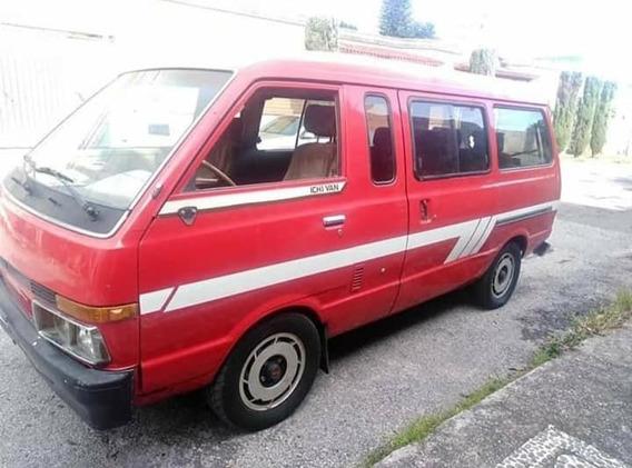 Camioneta Nissan Ichi Van