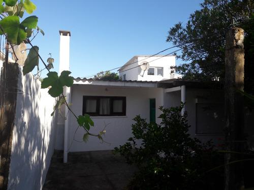 Imagen 1 de 14 de Casa En Costa Azul Una Cuadra De La Playa Para 6 Personas.