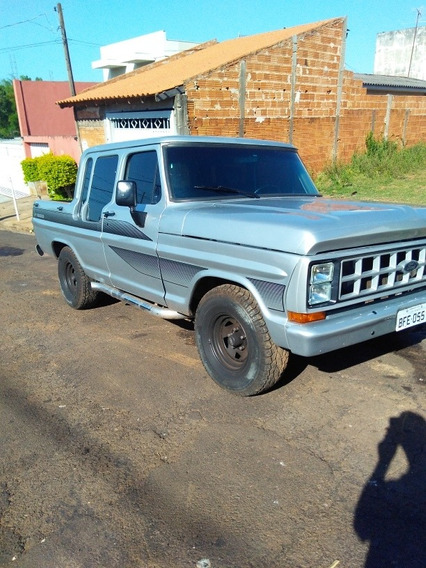 Ford F1000 Gabine Dupla Country