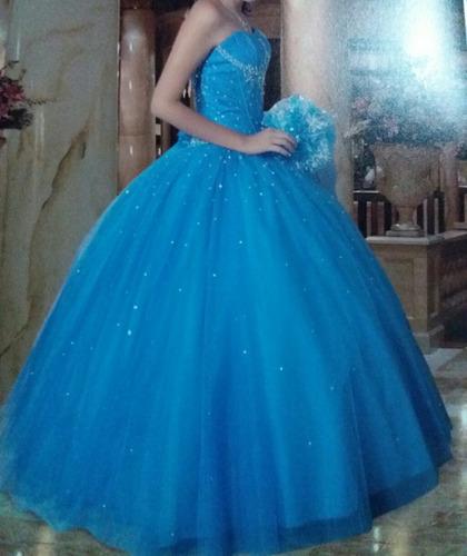 Vestido De Xv Años Azul Turquesa Con Pedrería 180000