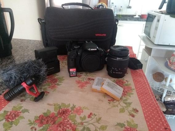 Câmera Canon T4i + Lente 18-55mm + Microfone Boya By-mm1