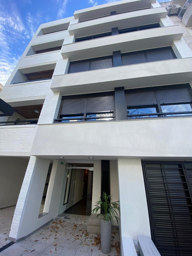 Venta Apartamento Monoambiente Con Jardin Pocitos Nuevo