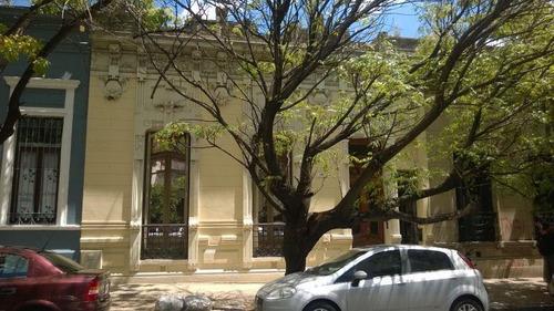 Imagen 1 de 29 de Venta Casa Antigua Refaccionada. 14 E/ 48 Y 49