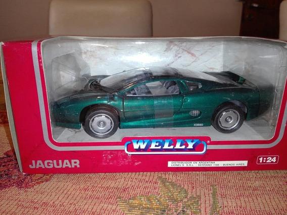 Welly. Jaguar Xj 220