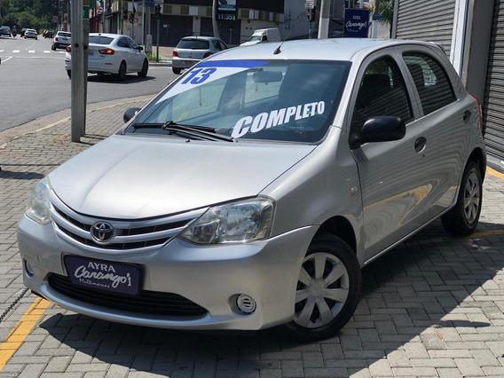 Toyota Etios X 1.3 Flex 16v 5p Mec. - Prata - 2013