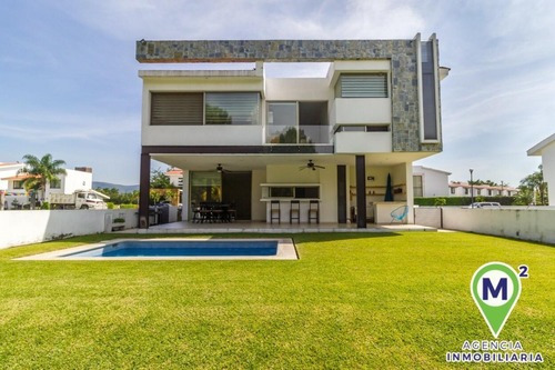 Casa En Fraccionamiento En Paraíso Country Club / Emiliano Zapata - M2ai-186-fr