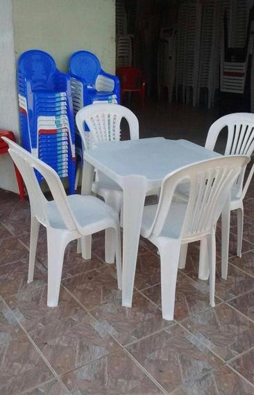 Conjunto De Mesas E Cadeiras De Plástico 154 Kls