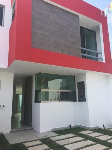 Casa Moderna En Zona Norte De Cuernavaca