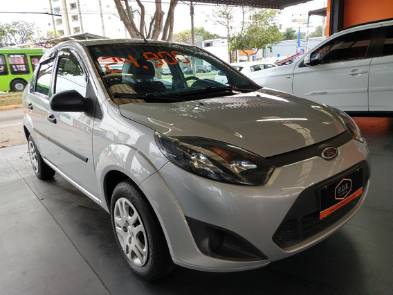 Ford/ Fiesta Sedan 1.6 86.000