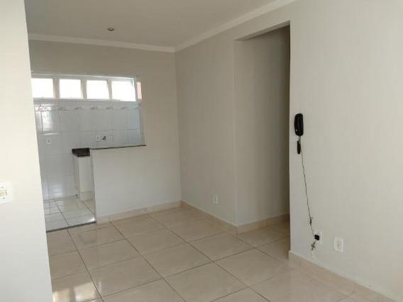 Apartamento Térreo 3 Dormitórios - Ap03447