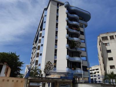 Caraballeda, Urb Caribe, La Guaira- Apartamento- Se Vende